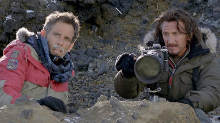Walter Mitty (Ben Stiller) meets master photographer Sean O'Connell (Sean Penn) in The Secret Life of Walter Mitty (2013)