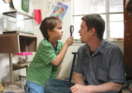 Mason Jr. (Ellar Coltrane) and Mason Sr. (Ethan Hawke) in Boyhood (2014)